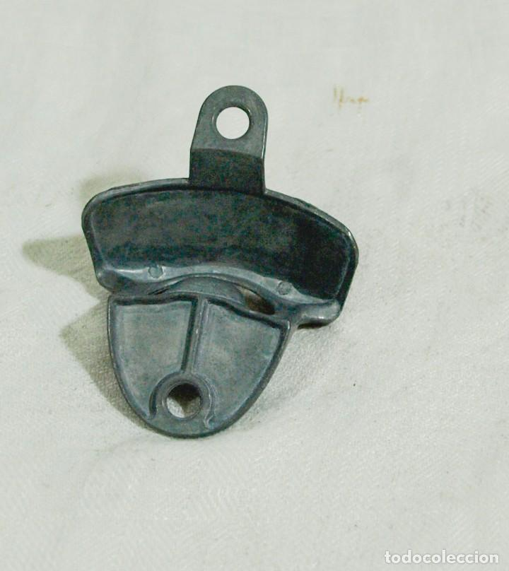 Abrebotellas y sacacorchos de colección: abre chapas de caja o pared - en metal - nuevo - Foto 2 - 212154600