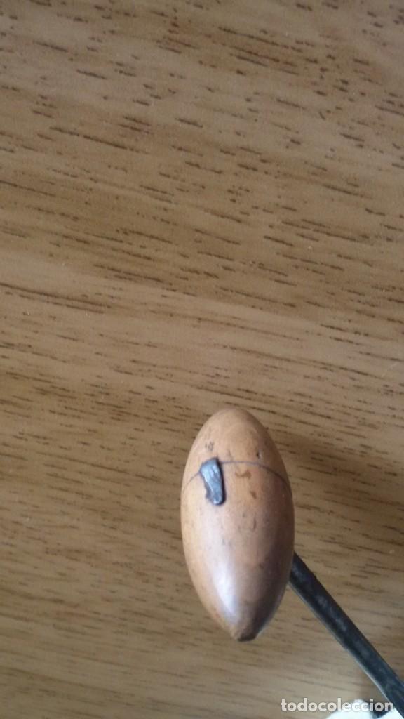 Abrebotellas y sacacorchos de colección: Antiguo abrebotellas sacacorchos de madera. - - Foto 2 - 215667740