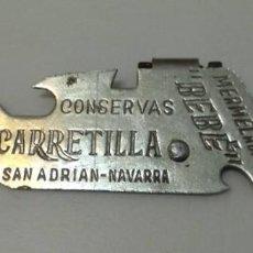 Abrebotellas y sacacorchos de colección: ANTIGUO ABRIDOR CONSERVAS CARRETILLA - MERMELADAS BEBÉ - NAVARRA SAN ADRIAN - VER FOTOS. Lote 219020043
