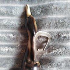 Abrebotellas y sacacorchos de colección: ABRIDOR ASTA DE TORO. Lote 223760752