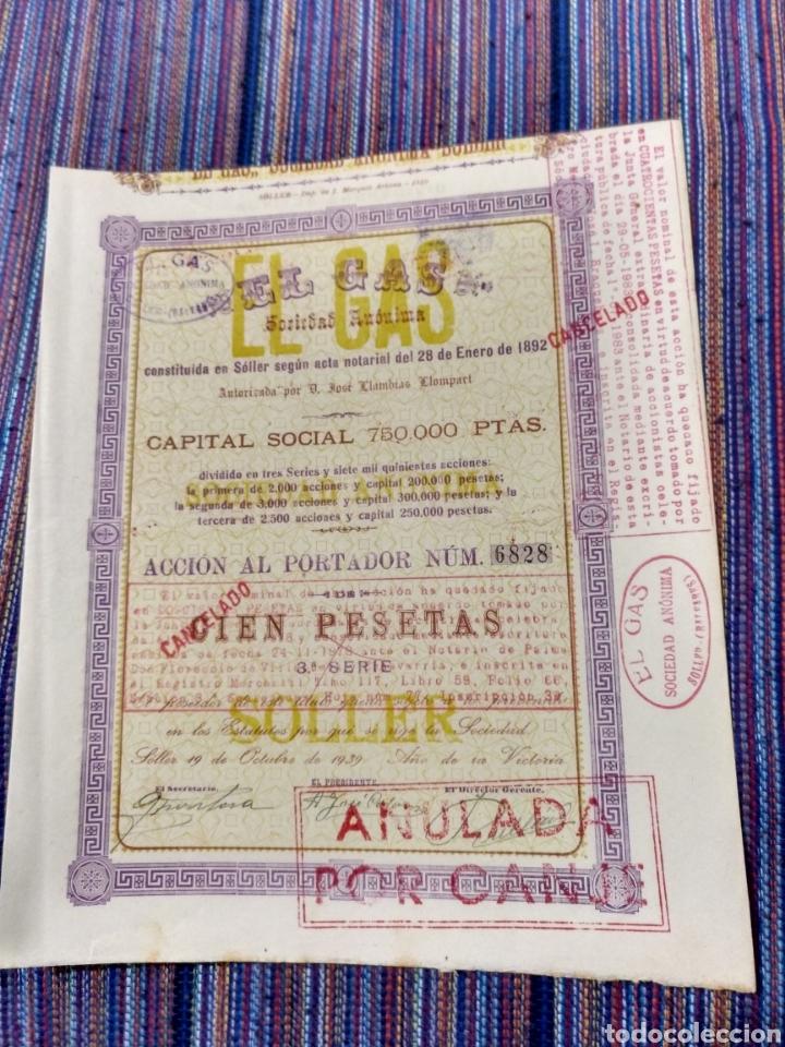 1939 BONITA Y ANTIGUA ACCIÓN 100 PESETAS DE EL GAS DE SÓLLER EN MALLORCA DOS HOJAS DIVERSOS SELLOS. (Coleccionismo - Acciones Españolas)