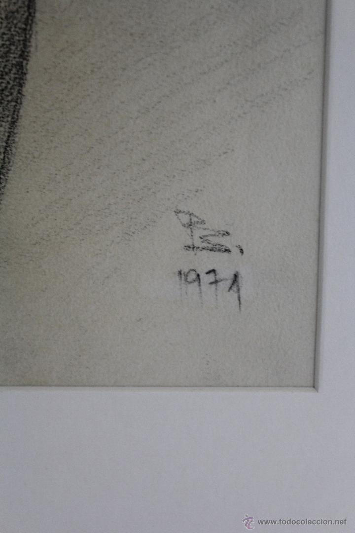 Arte: C-200. DIBUJO AL CARBON,DESNUDO FIRMADO PS. 1971. - Foto 3 - 53807090