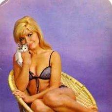 Calendarios: CALENDARIO SEÑORITA 1972 PUBLICIDAD IMPRESA AL DORSO BAR LEVANTE BARCELONA. Lote 25321203