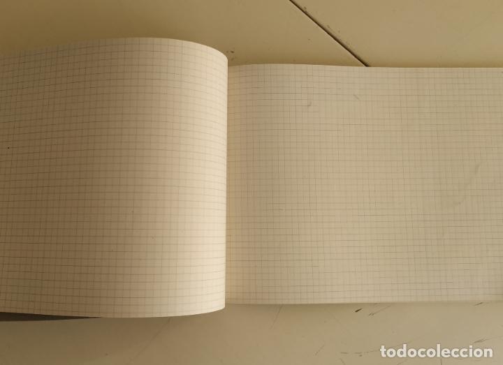 Otros: Antiguo cuaderno cuadros horizontal. Grapa - Foto 2 - 193289450