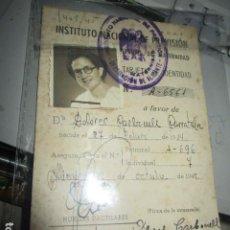 Otros: CARBONELL CARRATALA DOLORES CARNET DE ALICANTE PREVISION MATERNIDAD Y FOTO 1945. Lote 195334515