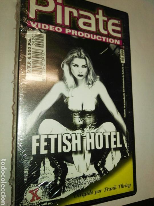 Приват фетиш отель актеры девушки ругающей парня