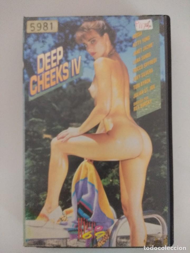 VHS EROTICO/DEEP CHEEKS IV/ROCCO SIFFREDI/KITTY YOUNG. (Coleccionismo para Adultos - Películas)