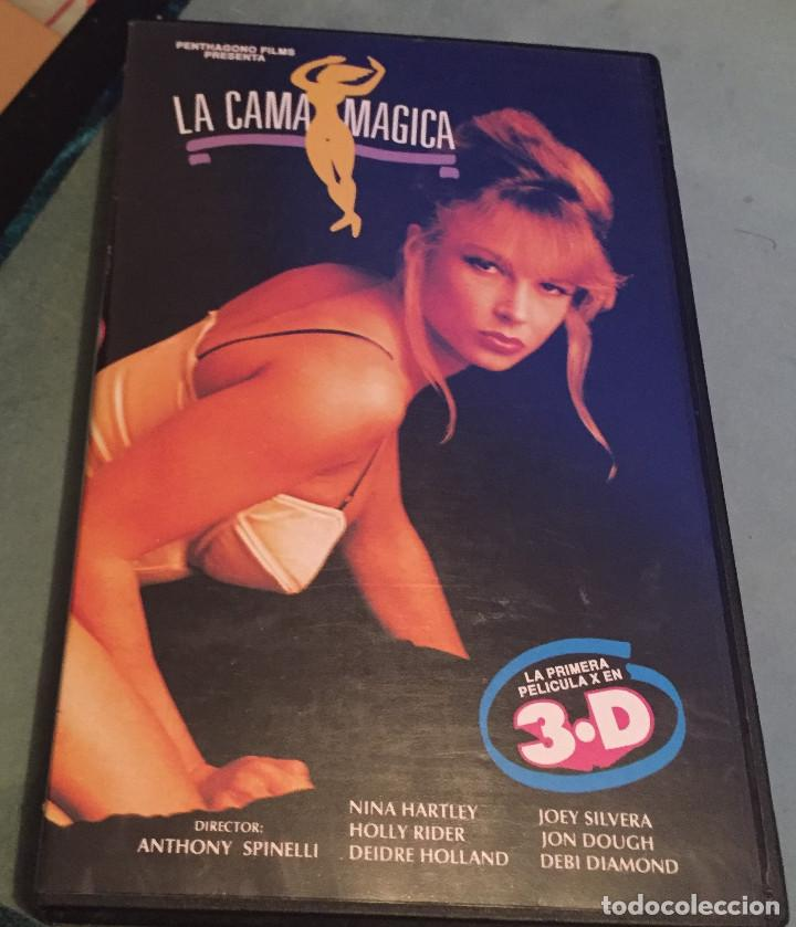 LA CAMA MAGICA - LA PRIMERA PELICULA X EN 3D - VHS - CINE X - 1999 (Coleccionismo para Adultos - Películas)