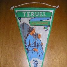 Banderines de colección: ANTIGUO BANDERÍN DE LOS AMANTES DE TERUEL. Lote 27399099