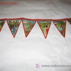 Banderines de colección: CINTA CON SEIS BANDERINES DE TELA, AÑOS 60: PUEBLOS DE LA RIVIERA ITALIANA. TAMAÑO 8 X 11,5 CM.. Lote 27121365