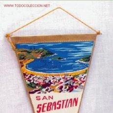 Banderines de colección: BANDERIN SAN SEBASTIAN CON ESCUDO AÑOS 60. Lote 213328823