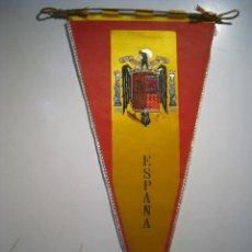 Fanions de collection: BANDERIN ESPAÑA FRANQUISTA Y ESCUDO. BORDADO. Lote 14088614