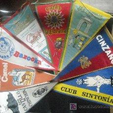 Banderines de colección: EXTRAORDINARIO LOTE DE OCHO BANDERINES EN TELA DE PUBLICIDAD AÑOS 60.. Lote 26477275