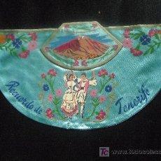 Banderines de colección: CAPOTE TIPO BANDERIN TELA-SEDA, RECUERDO DE TENERIFE AÑOS 60. Lote 26929251