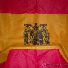 Banderines de colección: BANDERA ESPAÑOLA AGUILA NEGRA DE POLIESTER FINO RECTANGULAR MIDE 1,40 X 1,00 MTROS.. Lote 104037991