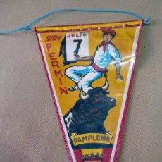Banderines de colección: BANDERIN, 7 JULIO, SAN FERMIN, PAMPLONA, MEDIDAS: 26 X 15 CM. Lote 28862609
