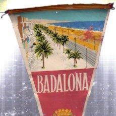 Banderines de colección: ANTIGUO BANDERIN DE BADALONA. Lote 276027343