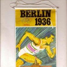 Banderines de colección: ANTIGUO BANDERIN BERLIN 1936 JESSE OWENS ATLETISMO OLIMPIADAS BIMBO. Lote 38046407