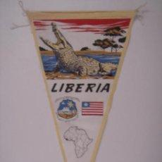 Banderines de colección: BANDERÍN-SOUVENIR DE LIBERIA. FABRICADO POR IRUPÉ Nº3755. EN TELA. MIDE: 27,5 X 14,5 CMS.. Lote 41037019