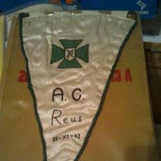 Banderines de colección: REUS - BANDERIN ROPA 15-XI-43 - ACCION CATOLICA - MUY BUENA CONSERVACION. Lote 44818275