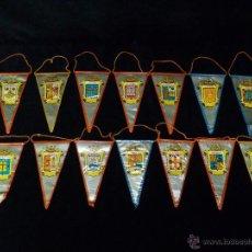 Banderines de colección: COLECCIÓN DE 14 BANDERINES DE CAPITALES DE ESPAÑA. AÑOS 60. Lote 45648467