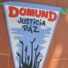 Banderines de colección: DOMUND.JUSTICIA Y PAZ.BANDERIN.TAMAÑO: 26 X 14 CTS.. Lote 48878983