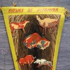 Banderines de colección: BANDERÍN CUEVAS DE ALTAMIRA. SANTILLANA DEL MAR. AÑOS 60. PERFECTO ESTADO.. Lote 50396475