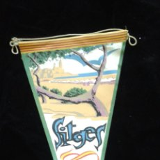 Banderines de colección: BANDERÍN DE TELA DE SITGES. Lote 51772009