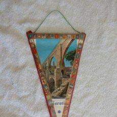 Banderines de colección: BANDERÍN PLASTIFICADO TERUEL ACUEDUCTO AÑOS 60. Lote 53909745