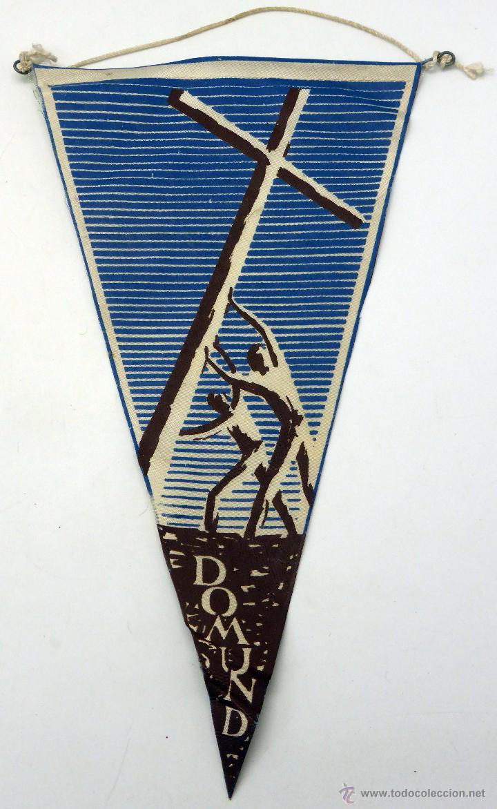 BANDERÍN TELA DÍA DEL DOMUND MISIONES AÑOS 60 (Coleccionismo - Banderines)