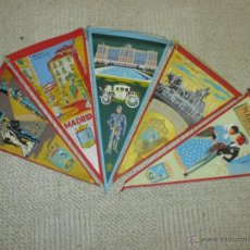 Banderines de colección: MADRID LOTE DE CINCO TRES BANDERINES DE TELA DE LOS AÑOS 60. Lote 54932485