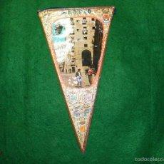 Banderines de colección: BANDERIN DE MADRID CUEVAS DE LUIS CANDELAS - PLAZA MAYOR. Lote 56510860