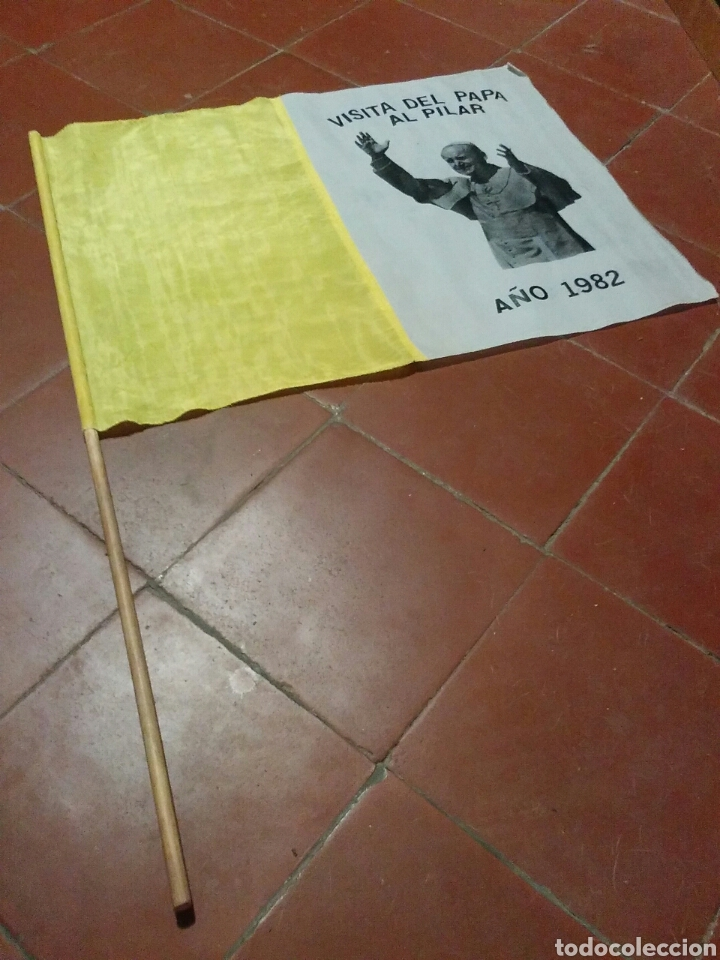 Banderines de colección: Bandera recuerdo de la visita del Papa Juan Pablo II a Zaragoza - Foto 3 - 61586391