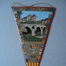 Banderines de colección: BANDERIN DE VICH (GERONA) - PLASTIFICADO - AÑOS 60 A 70..... R- 4156. Lote 79859417