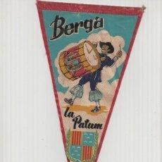 Banderines de colección: BANDERIN: BERGA, BARCELONA - ILUSTRACION DE TIMBALER DE LA PATUM DE BERGA Y ESCUDO DE LA LOCALIDAD. Lote 95879883