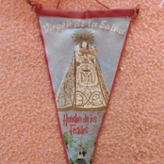 Galhardetes de coleção: HONDON DE LOS FRAILES(ALICANTE)BANDERÍN VIRGEN DE LA SALUD, AÑOS 60.. Lote 96172167