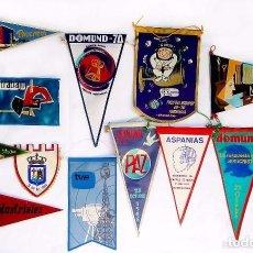 Banderines de colección: LOTE DE 30 BANDERINES ANTIGUOS. BIMBO - TURISTICOS - ESTUNDIANTILES - DOMUND...ETC.... Lote 104461491