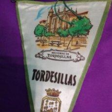 Banderines de colección: LOTE 6 BANDERINES TELA,AÑOS 60. Lote 104693723