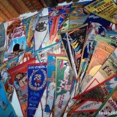 Banderines de colección: ESPECTACULAR LOTE DE 62 BANDERINES DE CIUDADES DE ESPAÑA, EVENTOS, RELIGIOSOS, MARCAS, JJOO, ETC.. Lote 110625755