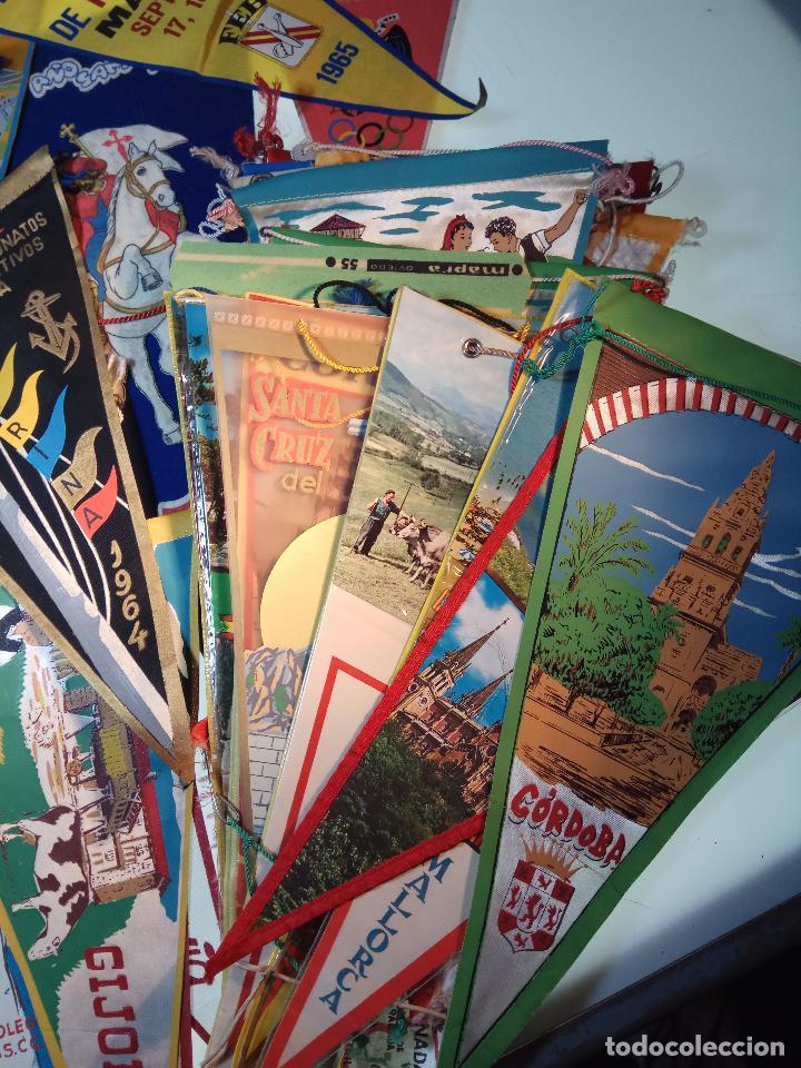 Banderines de colección: ESPECTACULAR LOTE DE 62 BANDERINES DE CIUDADES DE ESPAÑA, EVENTOS, RELIGIOSOS, MARCAS, JJOO, ETC. - Foto 5 - 110625755