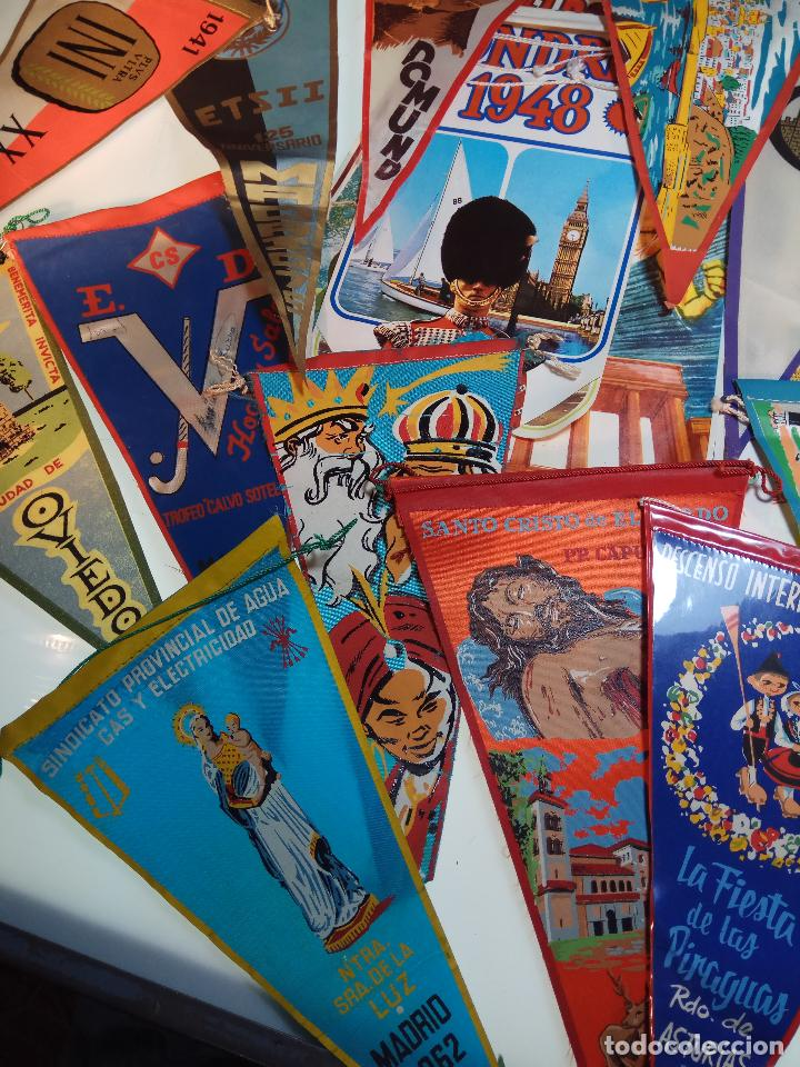 Banderines de colección: ESPECTACULAR LOTE DE 62 BANDERINES DE CIUDADES DE ESPAÑA, EVENTOS, RELIGIOSOS, MARCAS, JJOO, ETC. - Foto 7 - 110625755