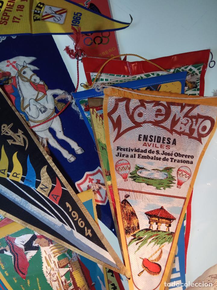 Banderines de colección: ESPECTACULAR LOTE DE 62 BANDERINES DE CIUDADES DE ESPAÑA, EVENTOS, RELIGIOSOS, MARCAS, JJOO, ETC. - Foto 9 - 110625755