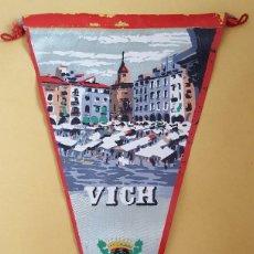 Banderines de colección: ANTIGUO BANDERIN - VICH. Lote 114820135