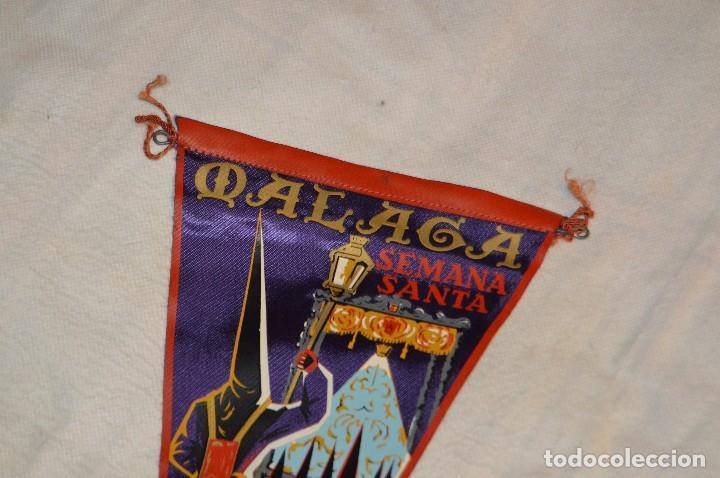 Banderines de colección: VINTAGE - ANTIGUO BANDERÍN - MÁLAGA SEMANA SANTA - AGRUPACIÓN DE COFRADÍAS DE SEMANA SANTA - 50 / 60 - Foto 2 - 118299847