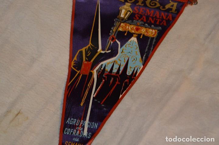 Banderines de colección: VINTAGE - ANTIGUO BANDERÍN - MÁLAGA SEMANA SANTA - AGRUPACIÓN DE COFRADÍAS DE SEMANA SANTA - 50 / 60 - Foto 3 - 118299847