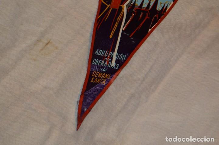 Banderines de colección: VINTAGE - ANTIGUO BANDERÍN - MÁLAGA SEMANA SANTA - AGRUPACIÓN DE COFRADÍAS DE SEMANA SANTA - 50 / 60 - Foto 4 - 118299847