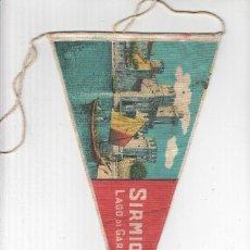 Banderines de colección: BANDERIN: SIRMIONE, BRESCIA - VISTA DEL LAGO DE GARDA Y CASTELLO SCALIGERO. Lote 118430252