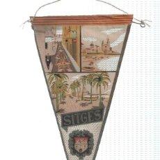 Banderines de colección: BANDERIN: SITGES (BARCELONA) - ILUSTRACION DE DIFERENTES PUNTOS DE LA CIUDAD Y ESCUDO. Lote 118430354