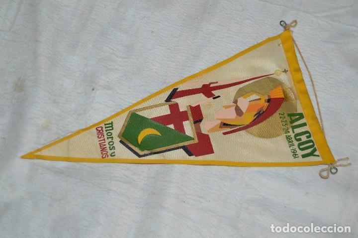 Banderines de colección: LOTE 2 BANDERINES FIESTAS ALCOY - AÑOS 60 - MUY BONITOS Y CURIOSOS - HAZ OFERTA - ENVÍO 24H - Foto 10 - 128099147