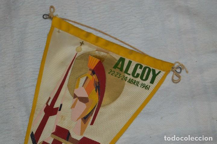 Banderines de colección: LOTE 2 BANDERINES FIESTAS ALCOY - AÑOS 60 - MUY BONITOS Y CURIOSOS - HAZ OFERTA - ENVÍO 24H - Foto 11 - 128099147